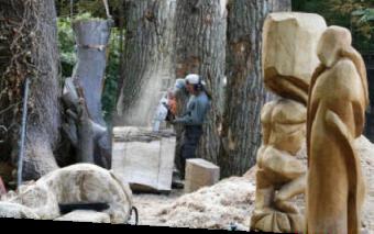 Moderne Holzskulpturen holzskulpturen raik vicent